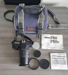 Câmera Nikon F50 Com Lente (usa Filme E Não Cartão)