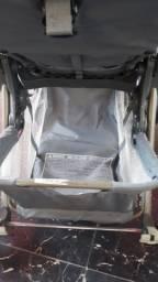 Vendo carrinho semi-novo bebê