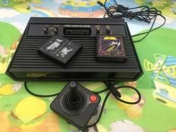 Vendo Atari 2600