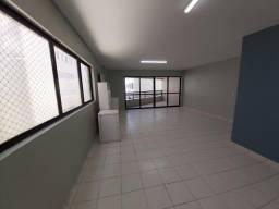 Título do anúncio: Apartamento com 4 quartos para alugar, 170 m² por R$ 6.000/mês com taxas- Boa Viagem - Rec