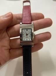 Relógio Tommy Hilfiger com pulseira de couro