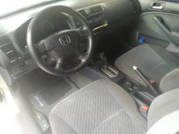 Chegou a oportunidade de ter seu Honda Civic automático por um preço de carro popular.