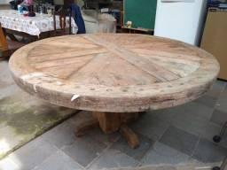 Mesa em madeira