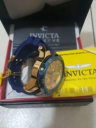 Lindo relógio invicta original na caixa estado de novo banhado a ouro