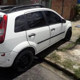 Ford fiesta 2003 1.0 7000 mil reais
