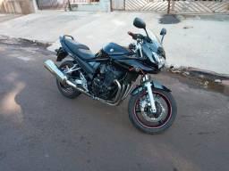 Moto Bandit 650