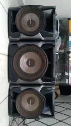 3 caixa da Sony 2 normal e 1grave
