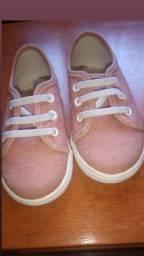 tênis Pimpolho tamanho 20 cor rosa nude pouco usado