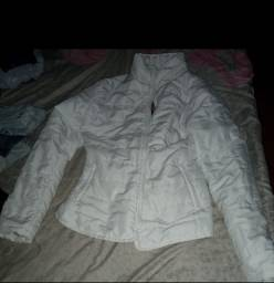 Casaco acolchoado branco tamanho (M)