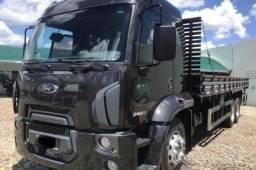 Caminhão Ford Cargo 2429 2014