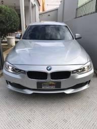 BMW 320i 2.0 Turbo com 184 Cavalos
