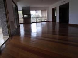 Apartamento alto padrão com 03 suítes em zona nobre de Porto Alegre