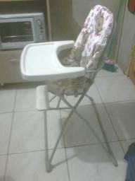 Cadeira de papa Galzerano e Banheira com trocador burigoto menina