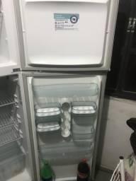 Refrigerador Electrolux DC41 duplex