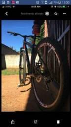 "Vendo bicicleta aro 29""R$1.200"