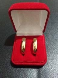 Alianças e anéis banhados ouro 18k