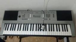 Yamaha psr 353