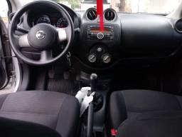 Nissan Versa - 2012