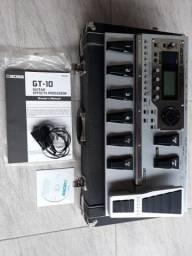 Pedaleira Boss GT 10 + Case