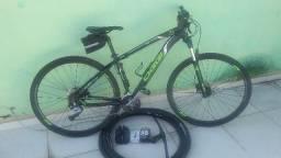 Bicicleta oggi 7.1 aro 29 com todos acessórios
