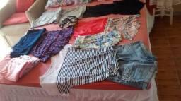12 Peças de roupas + uma sandália linda 50 leva tudo!