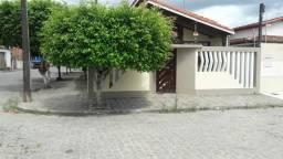 Alugo casa mobiliada em Cruz das Almas