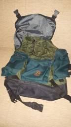 Mochila Trilhas e Rumos Trekking Camping Cargueira 40L