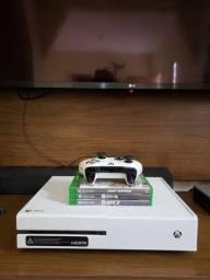 Xbox one Edição limitada em perfeito estado e funcionamento