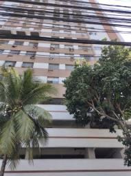 Espetacular apartamento reformado próximo a praia de Icaraí