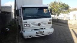 Caminhão 8140