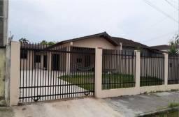 Ótima residência com 57m2 semi mobiliada no Bairro Adhemar Garcia. R$ 240.000,00