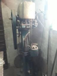 Maquinário para produção de calçados