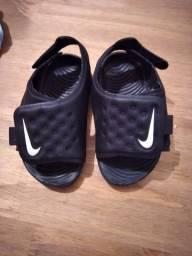 Sandália Nike 18/19