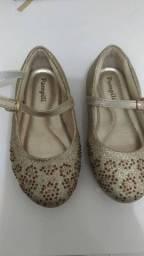 Sapato de festa e roupas