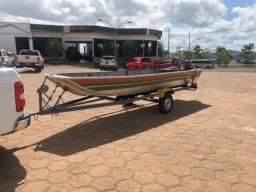 Barco para pesca .