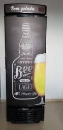 Cervejeira 572 Litros Gelopar Adesivada Preta 220v (Seminova)