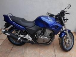 Moto CB 500