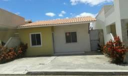 Casa de 2/4 para alugar em condomínio