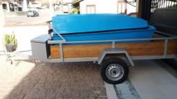 Carretinha Reboque com Canoa
