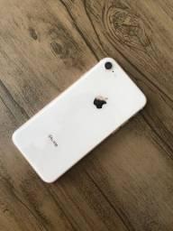 IPhone 8 rosê 64gb 1900,00