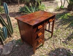 Escrivaninha de Peroba/ Anos 50 Restaurada