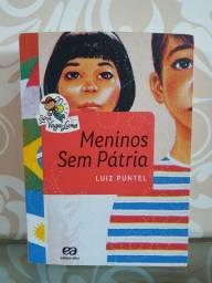 "Livro ""Meninos sem pátria"""
