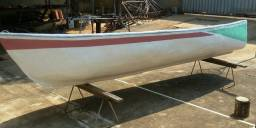 Canoa fibra de vidro leve e forte