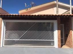 Casa Linhares Movelar / Rodrigo *