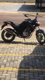 Vendo CB300R 8.000