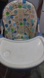 Cadeirinha de alimentação para bebê