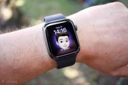 Apple Watch SE 40mm (Lacrado) R$2590,00 ou 12x R$233,00