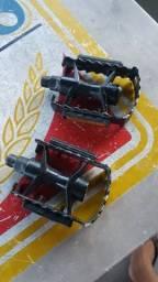 Par de pedal em alumínio (rosca grossa - mtb)