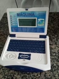 Máquina de aprendizagem inteligente infantil