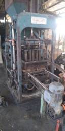 Maquina de Blocos de Concreto Hidraulica Tprex/ Vibratt